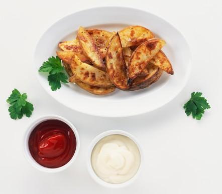 Kızartılmış patates ve soğan:   Evde ve dışarıda yemekten uzak durun. Bunu yerine salataya ağırlık verin.
