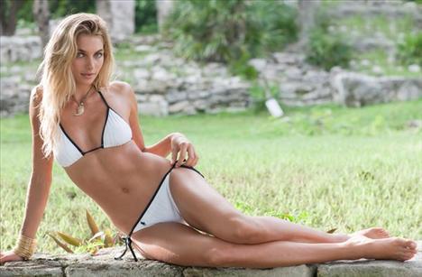 Jessica Hart - 24