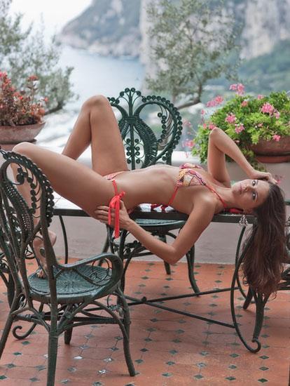 Daniella Sarahyba - 28