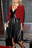 Alexander McQueen'in tasarımlarını giyen ünlü kadı - 7