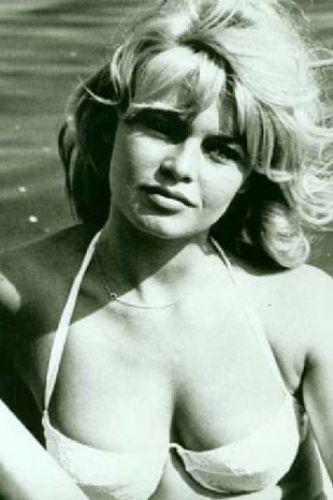 Bridget Bardot - 4
