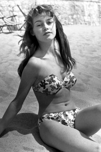 Bridget Bardot - 46