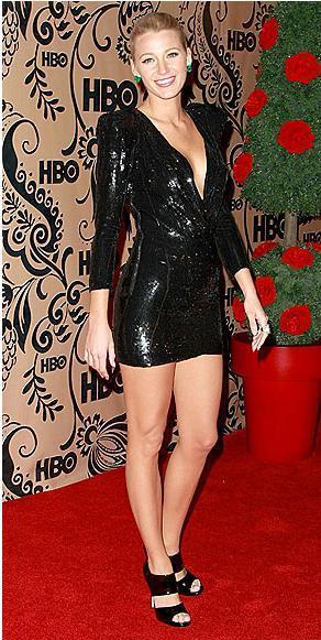 Elbise: Versace Ayakkabılar: Jimmy Choo