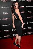 Şıklık ve seksiliğin sembolü: Megan Fox - 19