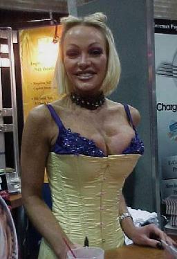 Porno sektöründen milyoner oldular - 13