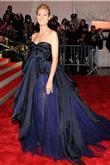 Podyumların kraliçesi Heidi Klum ve göz alıcı tarz - 18
