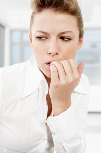 Stres karşı etkili Maya, yoğun strese ilaç gibi geliyor. Zengin B vitaminleri sayesinde sinir sistemini dengeliyor. Sinir hücrelerinin yaşamını uzatıyor ve sinirlerin çevresindeki lifleri güçlendiriyor. Sinirsel uyarıların düzenli bir şekilde işlemesini sağlıyor. Örneğin kalp atışları, göz kırpma, nefes alma, kanı iterek kan dolaşımını hızlandıran damarların işlevi gibi. Ayrıca konsantrasyonu, fiziksel ve ruhsal randımanı artırıp yorgunluk ve asabiyeti önlüyor. Yoğun stres altında iken artan mide asidini önleyerek, sindirim sisteminin işlevine de yardımcı oluyor