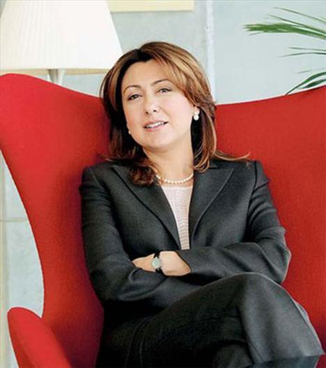 İş dünyasında geçtiğimiz yılın en çok konuşulan ismi, Doğan Holding yönetim kurulu üyesi Arzuhan Yalçındağ oldu. Yıl boyunca başarılı çalışmalarıyla sıkça gündeme gelen başarılı iş kadını, toplam 7 bin 47 habere konu oldu.