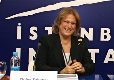 Yalçındağ'ı ikinci sırada Sabancı Holding'in başarılı isimlerinden Güler Sabancı takip etti.