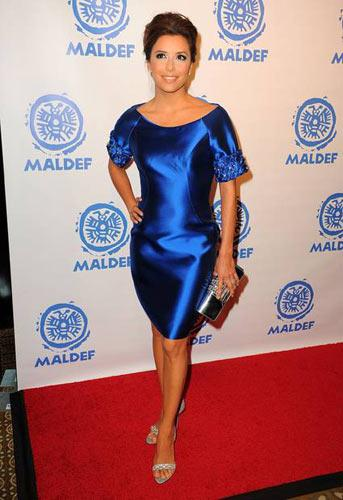 Eva Longoria Parker Ina Soltani elbisesiyle.