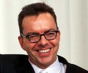 Yazar ve yönetmen Alan Ball cinsel tercihini hiç saklamadı.