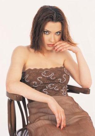 BİRBİRLERİNİ SUÇLADILAR  Arzu Yanardağ, Ozan Orhon ile ilişkisinin ardından aktör Tolga Karel ile olan olaylı ilişkisiyle de gündeme geldi.