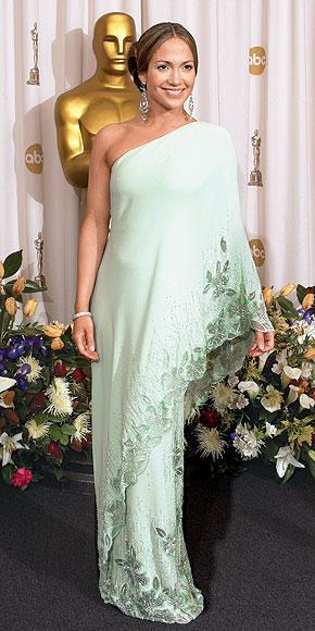 İddialı stiliyle Jennifer Lopez yine gündemde - 33