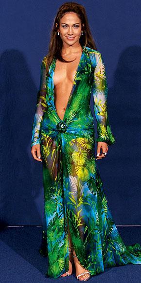 İddialı stiliyle Jennifer Lopez yine gündemde - 22