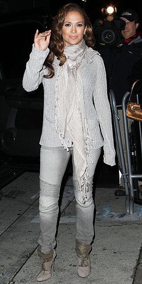 İddialı stiliyle Jennifer Lopez yine gündemde - 24