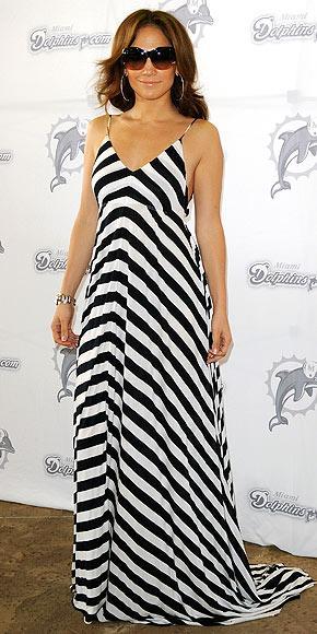 İddialı stiliyle Jennifer Lopez yine gündemde - 25