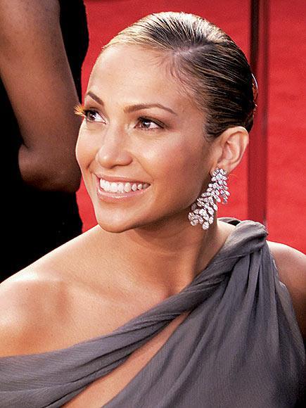 İddialı stiliyle Jennifer Lopez yine gündemde - 19