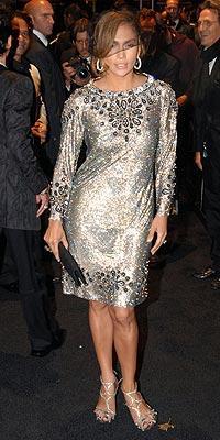 İddialı stiliyle Jennifer Lopez yine gündemde - 44