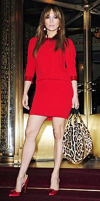 İddialı stiliyle Jennifer Lopez yine gündemde - 47