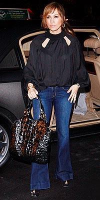 İddialı stiliyle Jennifer Lopez yine gündemde - 50