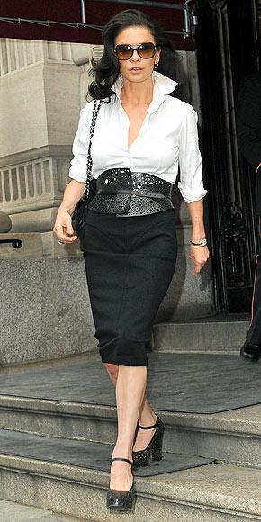 Catherine Zeta Jones'un daimi şıklığı - 8