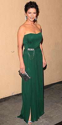 Catherine Zeta Jones'un daimi şıklığı - 24