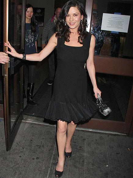 Catherine Zeta Jones'un daimi şıklığı - 10