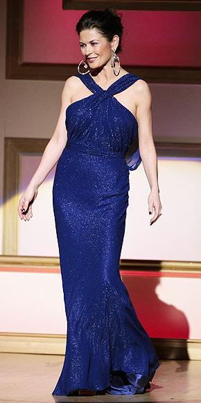 Catherine Zeta Jones'un daimi şıklığı - 11
