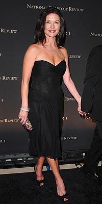 Catherine Zeta Jones'un daimi şıklığı - 15