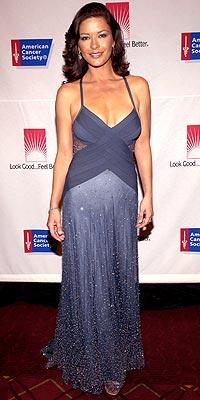 Catherine Zeta Jones'un daimi şıklığı - 27