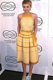 Moda sahnesinde yeni bir yıldız: Carey Mulligan - 12