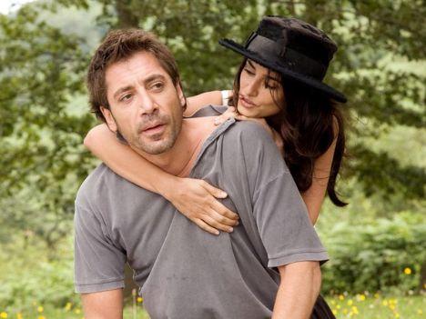Penelope ve Javier, Hollywood'un bu sene evlenmesi en garanti çifti. Kocaman tek taş parmakta, nişanlı her daim yanında olduktan sonra, neden olmasın ki?