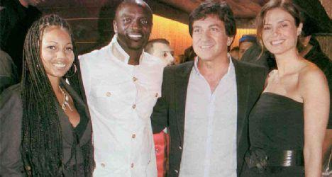 Akon, Süleyman Orakçıoğlu-Ahu Tanrıkulu