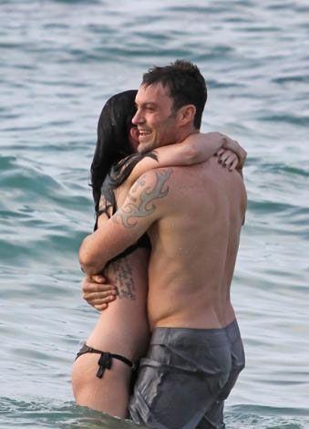 Megan Fox ile Austin Green şu sıralar Hawai'de tatil yapıyor.