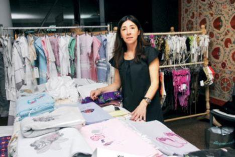 Najda Nurikoğlu  Bu yıl dördüncüsü gerçekleştirilen TOG Bazaar'a yaklaşık 1500 kişi katıldı. Katılımcılar bir taraftan keyifli bir ortamda alışveriş yapmanın ve çeşitli ürünlere ulaşmanın keyfini yaşarken bir taraftan da sosyal sorumluluk için bir arada olmanın mutluluğunu yaşadılar.