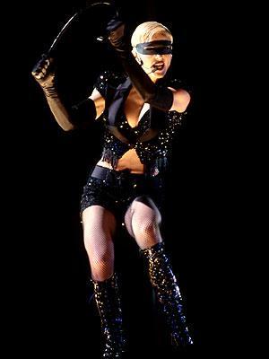 Çeyrek asrın pop kraliçesi: Madonna - 37