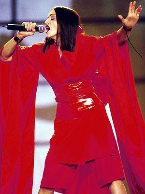 Çeyrek asrın pop kraliçesi: Madonna - 48