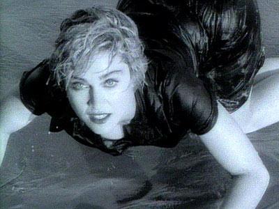 Çeyrek asrın pop kraliçesi: Madonna - 51