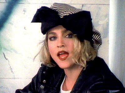 Çeyrek asrın pop kraliçesi: Madonna - 52