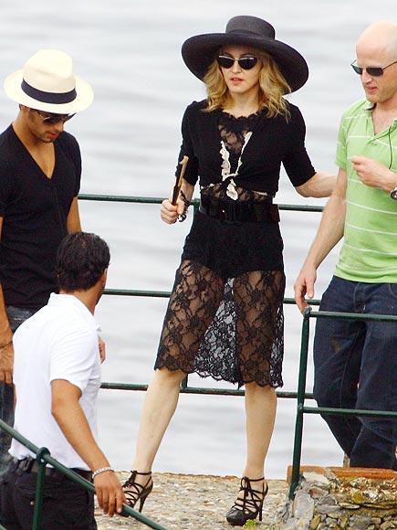 Çeyrek asrın pop kraliçesi: Madonna - 66