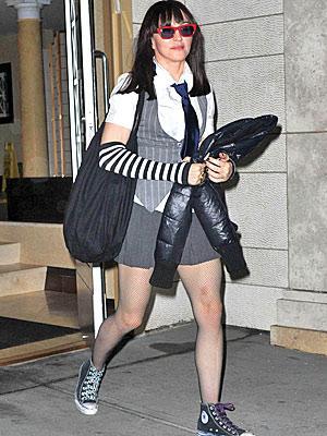 Çeyrek asrın pop kraliçesi: Madonna - 68