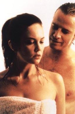 Christopher Lambert ve Diane Lane, 1992 tarihli Knight Moves filminde rol aldıklarında 4 yıllık evliydiler.