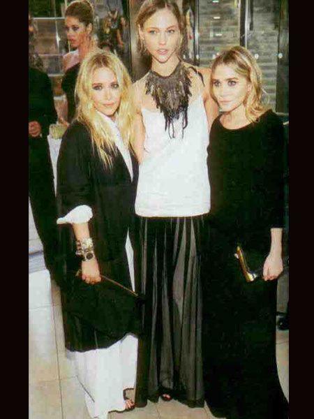 Mary- Kate Olsen, Sasha Pivovarova, Ashley Olsen