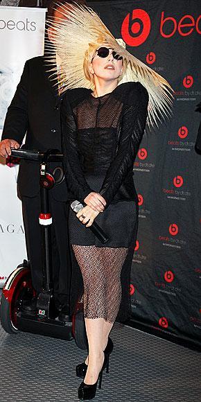 En çılgın stil ikonu: Lady Gaga - 31