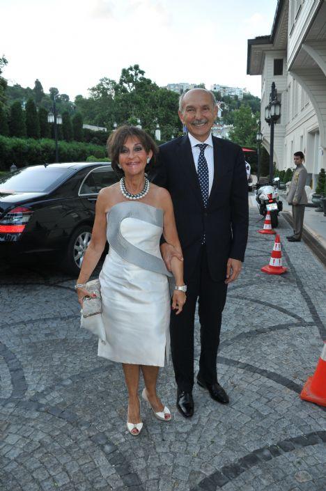 Ela Soysal'ın kızı evlendi - 3