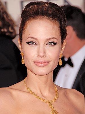 Ana tanrıça Angelina Jolie - 1