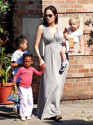 Ana tanrıça Angelina Jolie - 25