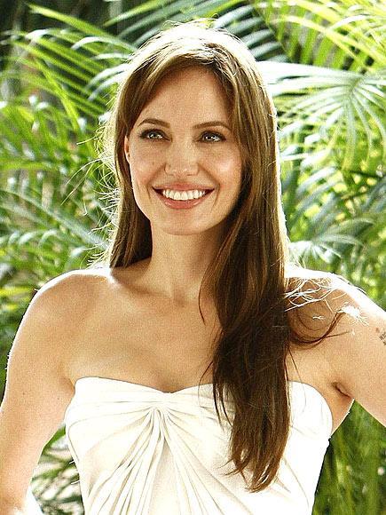 Ana tanrıça Angelina Jolie - 6