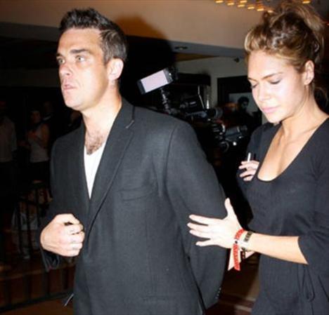 Robbie Williams Türk kızıyla evlendi - 10