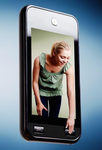 3) Ekstra masraf: Telefon Arkadaşlarınızla dedikodu yapmak için sürekli olarak telefona sarılıyorsunuz. Faturanızı en son ne zaman incelediniz? (Ayda 200 TL) Ekonomik öneri: Acil olmayan durumlarda arkadaşlarınıza e-posta atmayı ya da en iyisi yüz yüze görüşmeyi tercih edin. Farkı göreceksiniz. (Ayda 50 TL)